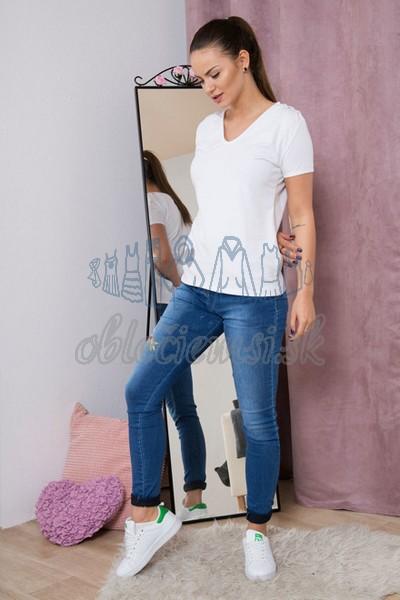basic tričko s véčkovým výtrihom – biela 4